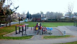 Playground, Scott Bennet